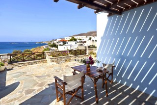 one-bedroom-apartment-syros-2