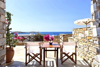 one-bedroom-apartment-syros-4