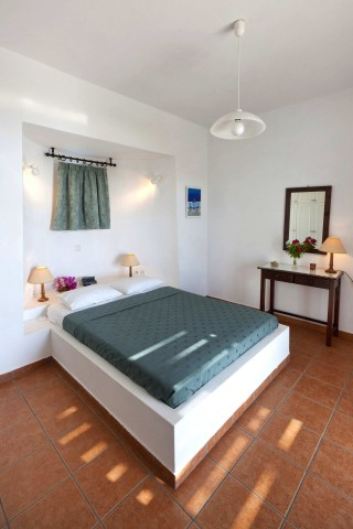 one-bedroom-apartment-syros-9